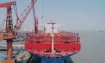 Trung Quốc xuất xưởng siêu tàu container trọng tải 200.000 tấn