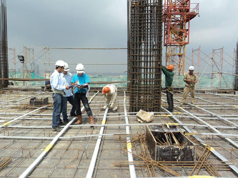 Giám sát phải lập báo cáo định kỳ công tác thi công xây dựng