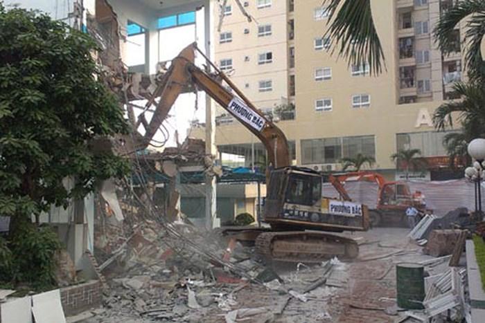 Hà Nội: Đình chỉ Chủ tịch xã, phường nếu để buông lỏng vi phạm xây dựng