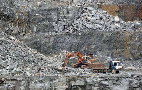 Vướng mắc trong cấp phép khai thác khoáng sản làm VLXD thông thường tỉnh Lâm Đồng