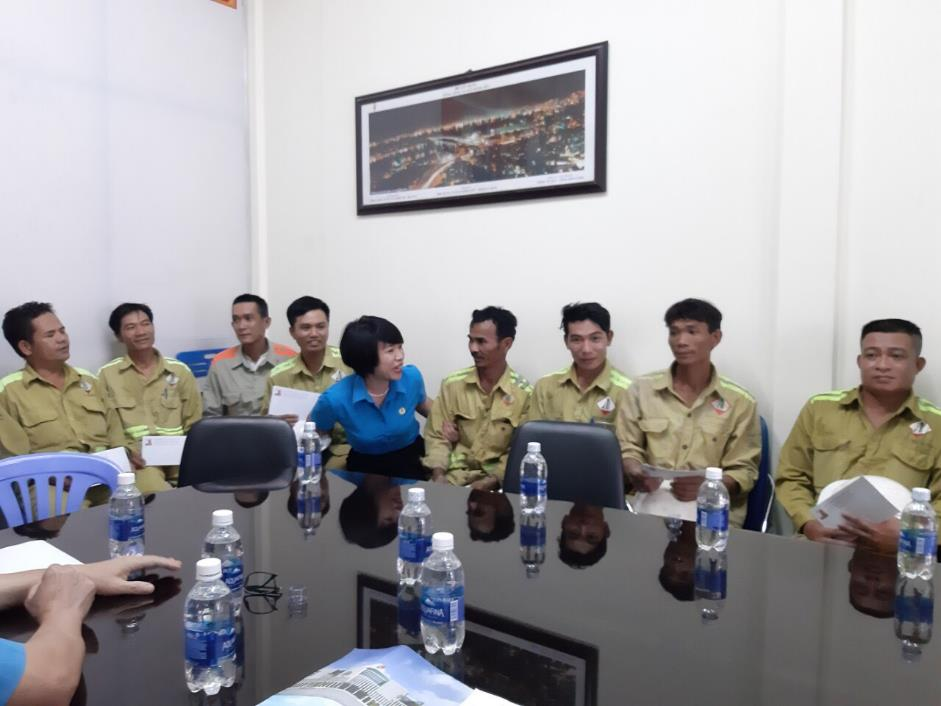 cong doan xay dung viet nam tham hoi cong nhan lao dong trong thang cong nhan 2019