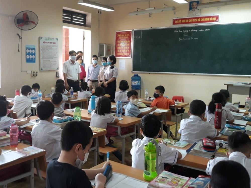Tam Dương (Vĩnh Phúc): Kiểm tra công tác phòng, chống dịch tại các trường học
