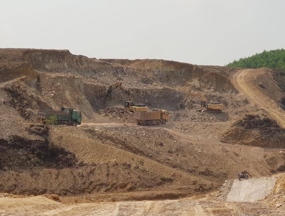 Thừa Thiên - Huế: Phê duyệt hàng loạt bãi thải phục vụ Dự án cao tốc Cam Lộ - La Sơn