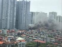 Hà Nội: Kịp thời dập tắt đám cháy tại khu nhà tạm ở Hoàng Mai