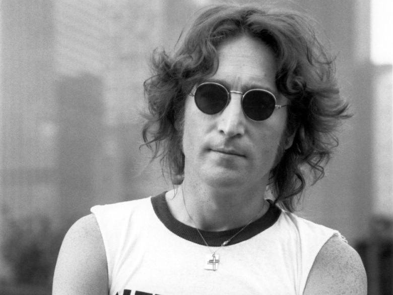 Biệt thự của John Lennon được rao bán giá 47,5 triệu USD