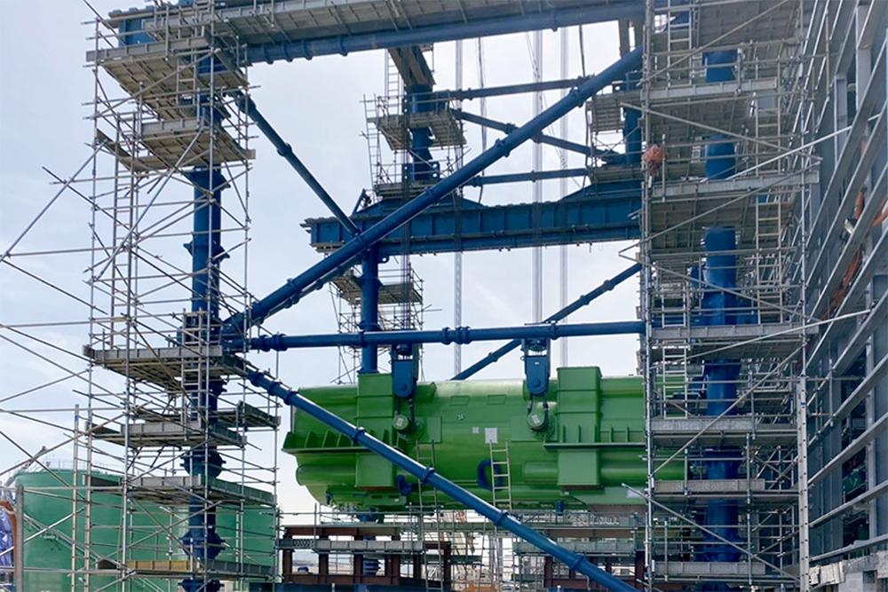 Lắp đặt thành công máy phát tổ máy số 1 nhà máy nhiệt điện Nghi Sơn 2
