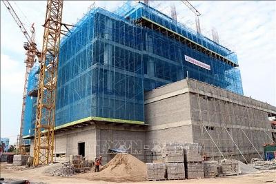 Khí thế lao động khẩn trương trên các công trình trọng điểm