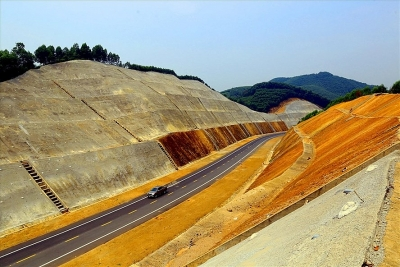 Dự án cao tốc Bắc-Nam:Cú hích chuyển đổi cơ cấu phát triển kinh tế đất nước