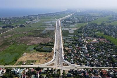 Cận cảnh tuyến đường ven biển gần 1.500 tỷ đồng tại Thanh Hóa