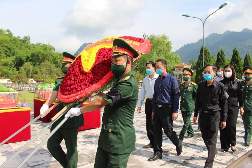 Thanh Hóa: Lễ truy điệu và an táng 15 hài cốt liệt sĩ quân tình nguyện và chuyên gia Việt Nam hy sinh tại nước bạn Lào