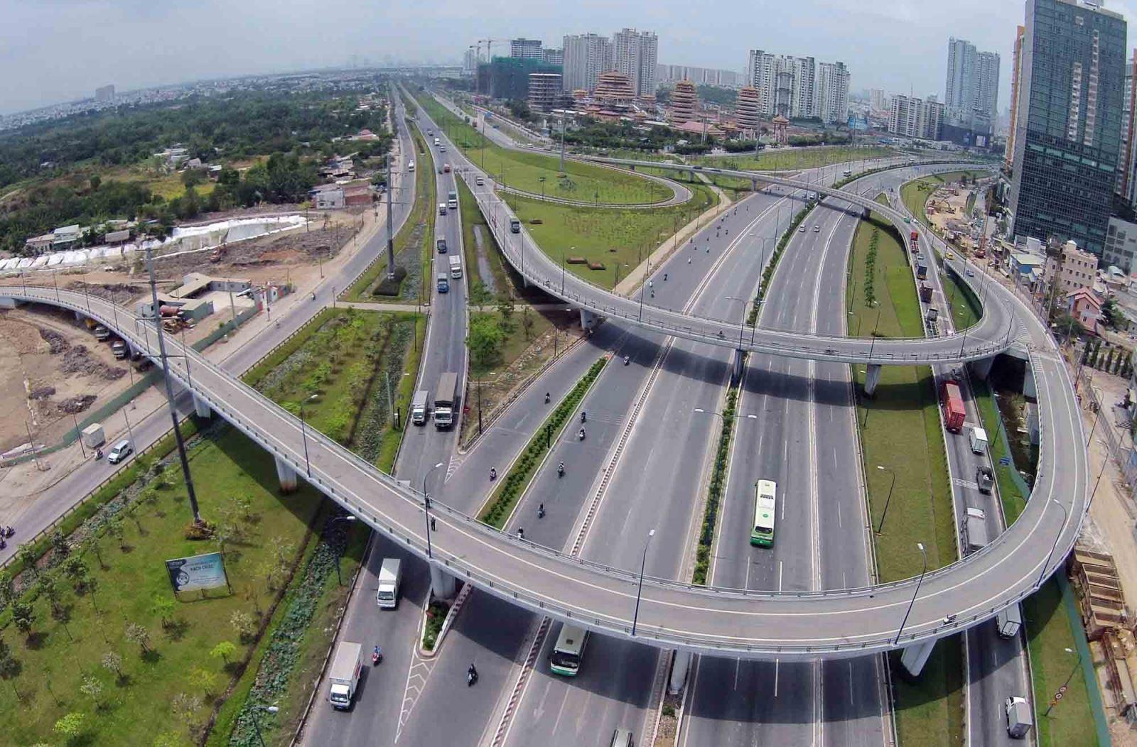 Khó phân cấp quản lý bảo trì Quốc lộ vì vướng nhiều luật