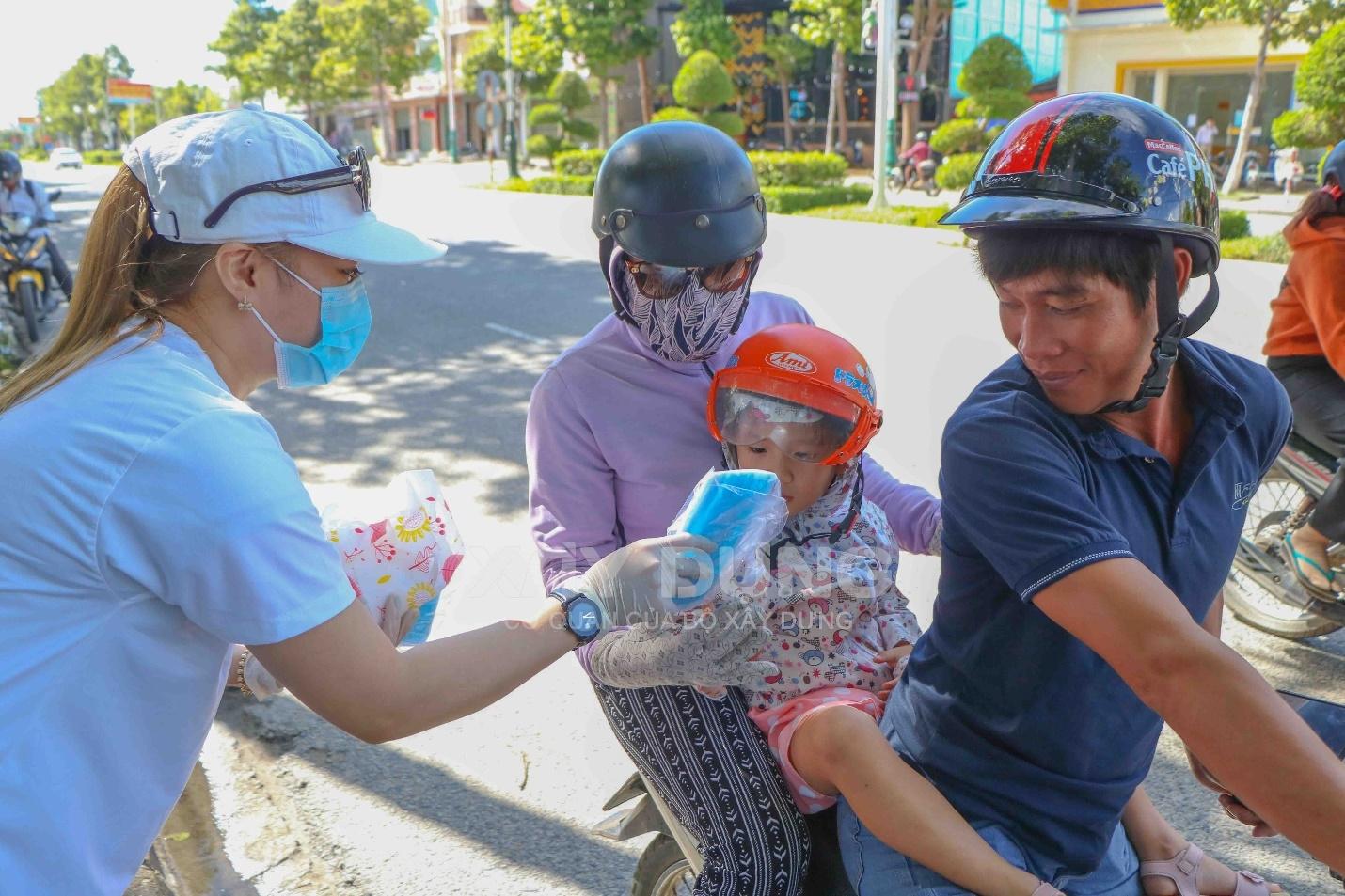 Khánh Hòa: Tăng cường kiểm soát dịch Covid–19 trên nhiều lĩnh vực