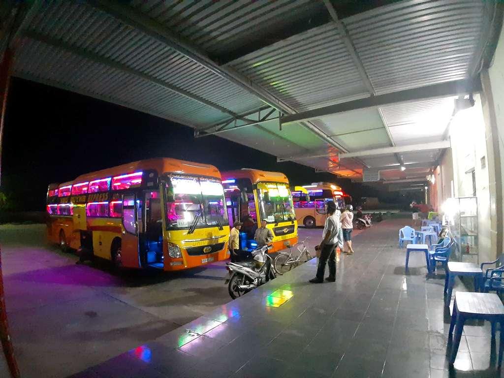 Ninh Thuận: Tạm dừng hoạt động vận tải hành khách đi/đến Thành phố Hồ Chí Minh để phòng, chống dịch Covid-19