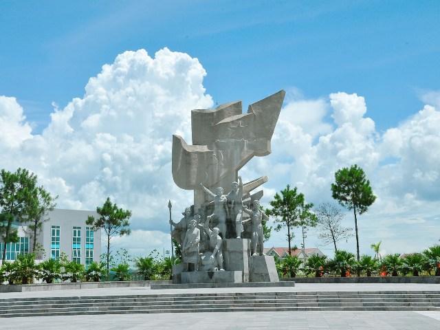 Thống nhất định mức dự phù điêu và tượng đài của dự án Bảo tồn và phát huy giá trị Xô Viết Nghệ Tĩnh