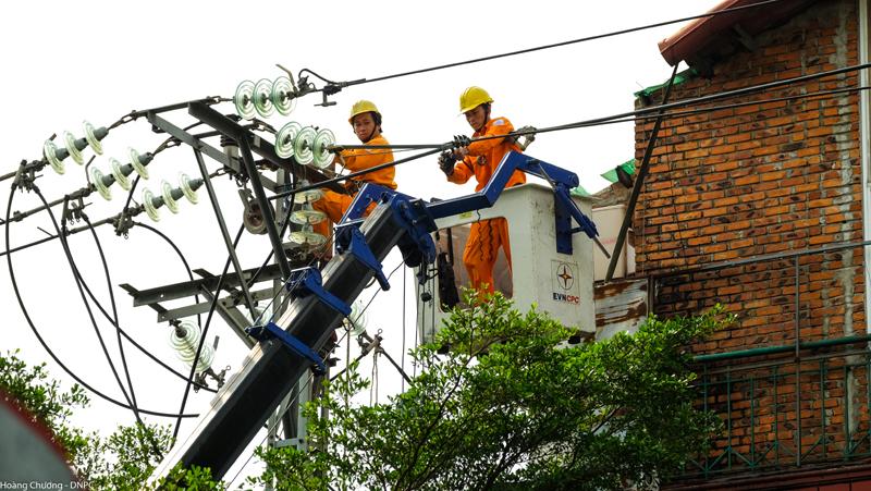Tổng Cty Điện lực miền Trung: Bảo đảm cấp điện ổn định cho 379 địa điểm thi kỳ thi THPT quốc gia 2019