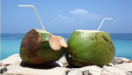 Nước dừa: 'Thần dược' siêu tốt cho người cao huyết áp