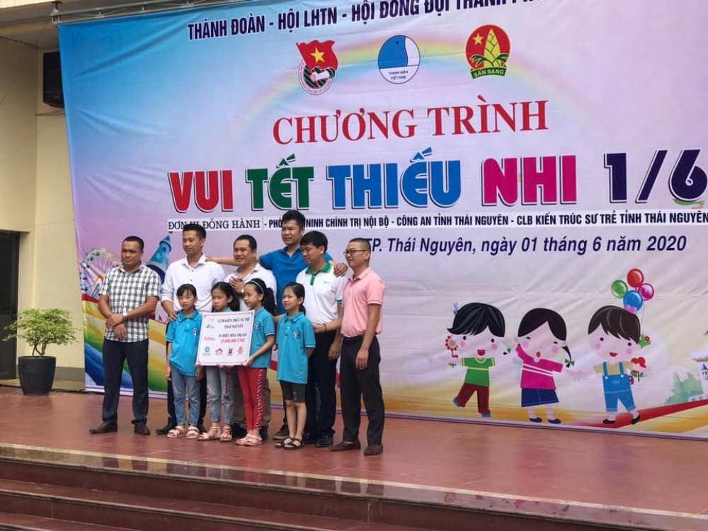 Câu lạc bộ Kiến trúc sư trẻ Thái Nguyên chung vui cùng trẻ em khuyết tật, thiệt thòi
