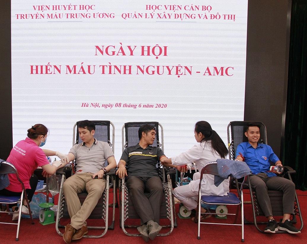 Học viện Cán bộ quản lý xây dựng và đô thị tổ chức ngày hội Hiến máu tình nguyện năm 2020