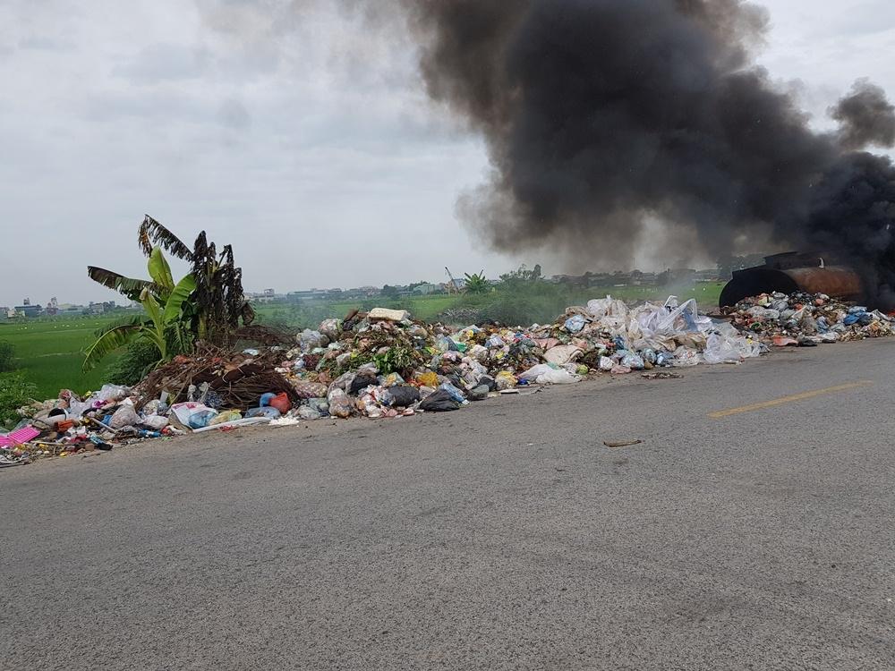 Nan giải bài toán rác thải nông thôn