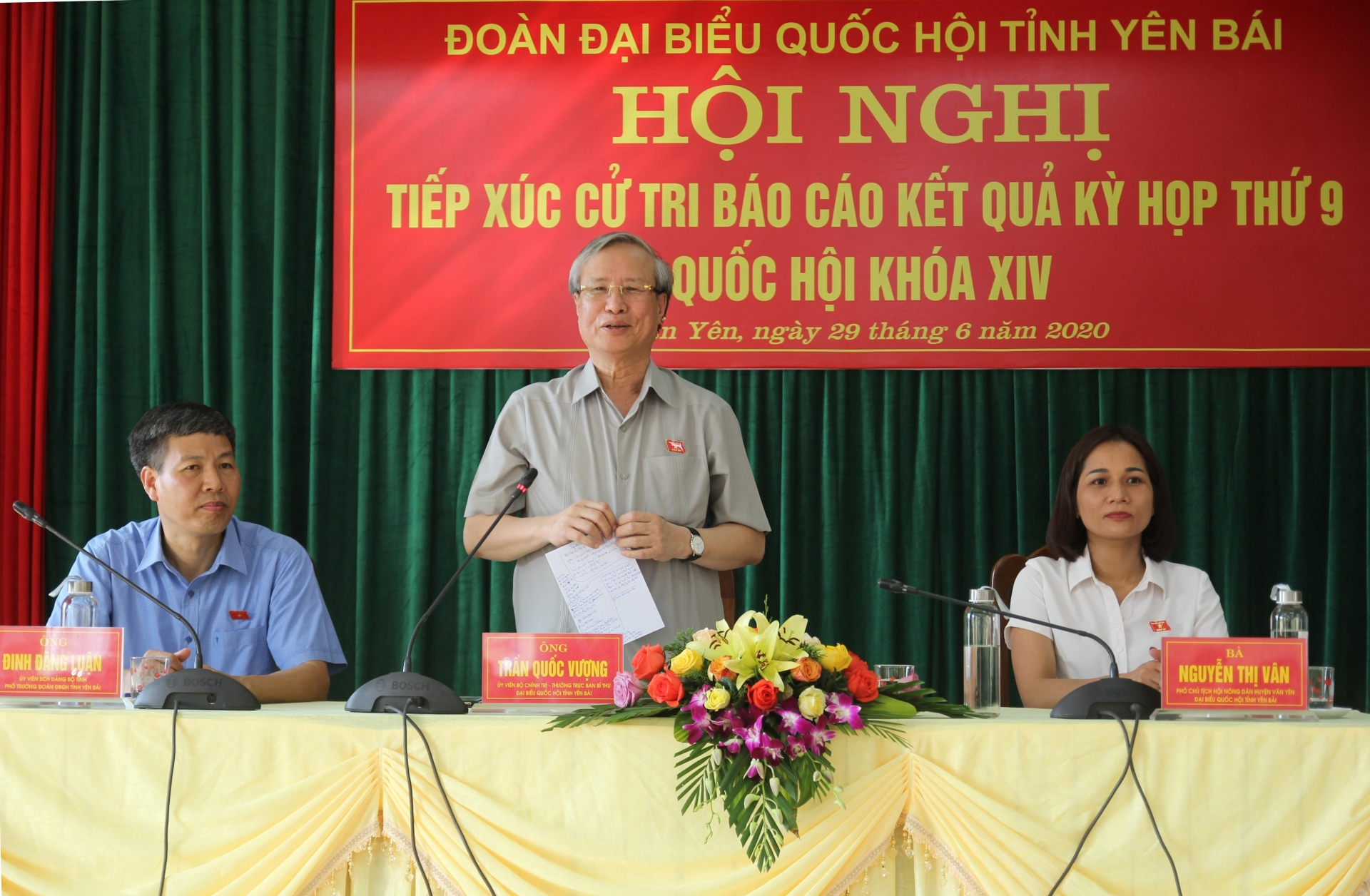 Yên Bái: Thường trực Ban Bí thư Trần Quốc Vượng tiếp xúc cử tri huyện Trấn Yên