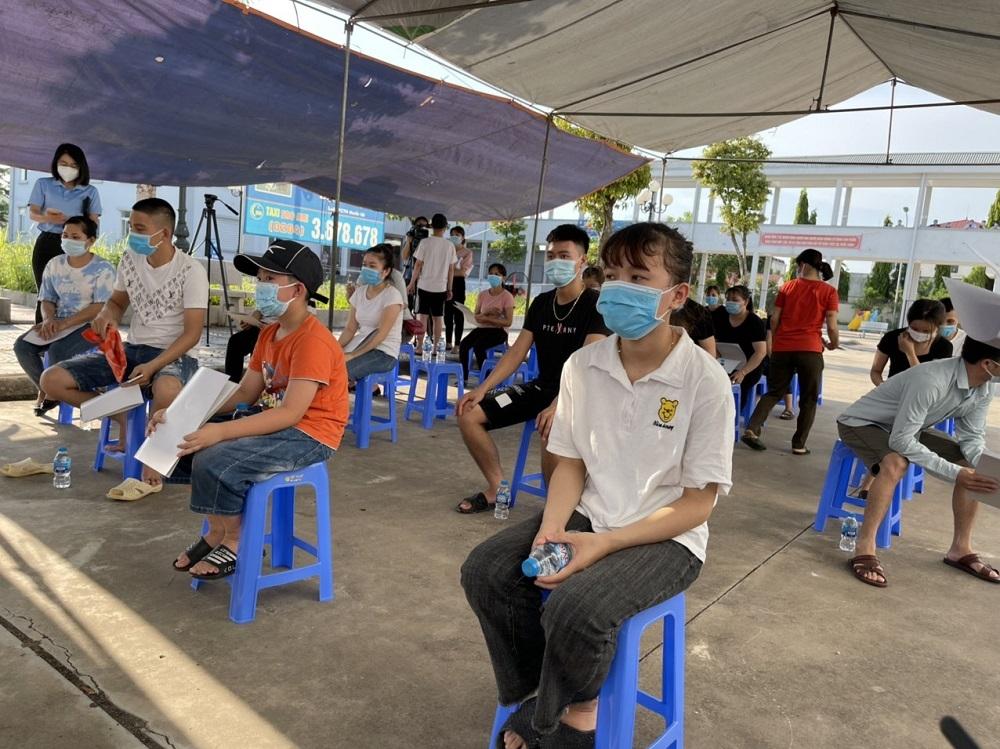 Bắc Giang: Vượt ngoài dự kiến, 39 bệnh nhân Covid-19 đầu tiên xuất viện