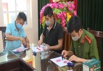 thai nguyen bat giu 2 doi tuong mua ban trai phep gan 2000 vien hong phien