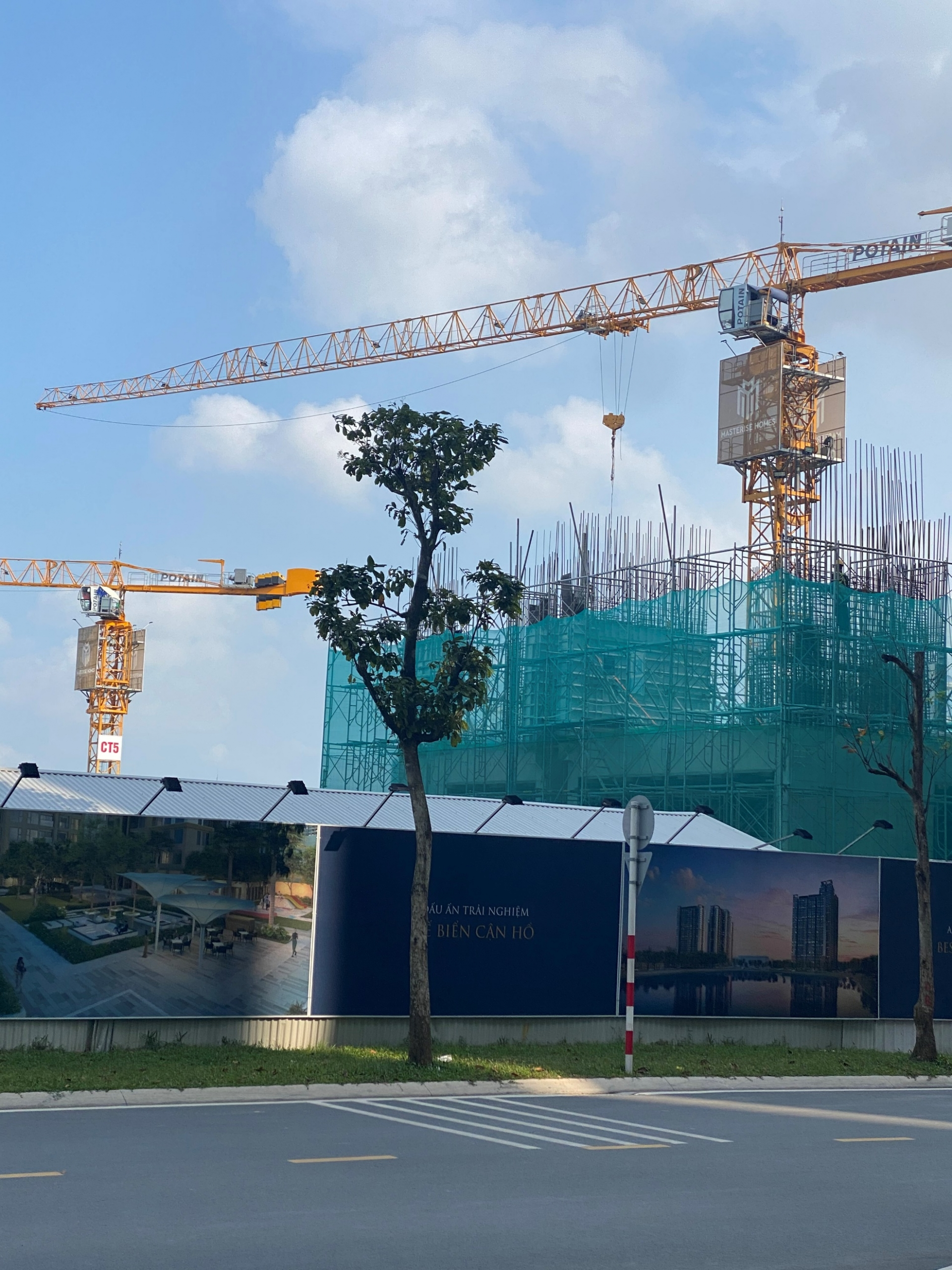 Tháo gỡ khó khăn cho các nhà thầu thi công xây dựng