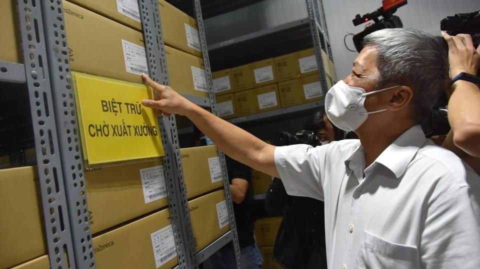 Cận cảnh kho lạnh bảo quản hơn 800.000 liều vắc xin cho chiến dịch tiêm chủng tại Thành phố Hồ Chí Minh