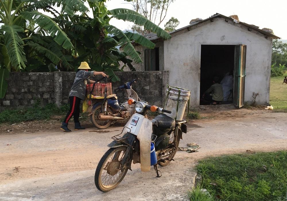 """Bố Trạch (Quảng Bình): Cơ sở thu mua, sơ chế mủ cao su """"đầu độc"""" khu dân cư"""