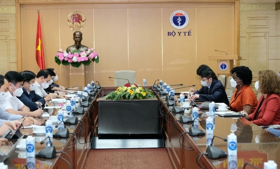 Bộ trưởng Bộ Y tế đề nghị lãnh đạo Ngân hàng Thế giới hỗ trợ nghiên cứu, sản xuất vắc xin tại Việt Nam