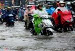 Người Sài Gòn bì bõm giữa đường sau hai trận mưa lớn