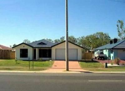 110030baoxaydung image005 Cùng nhìn qua những ngôi nhà bạn cần tránh xa nếu muốn sống an toàn