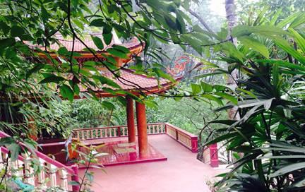 Chùa Hang – Nơi mùa xuân mãi thắm tươi