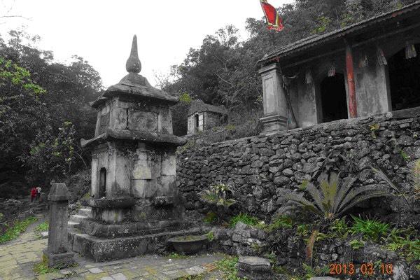 Am chùa Ngọa Vân - Những chuyện kỳ bí