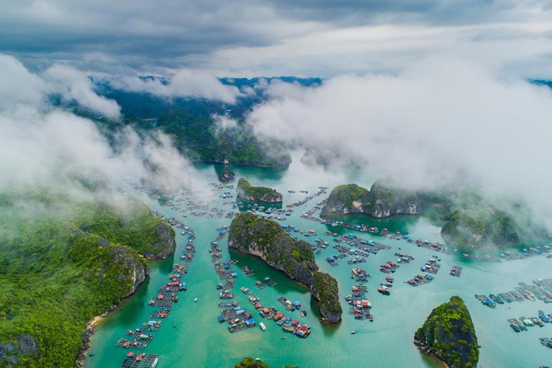 Vịnh Hạ Long, Cát Bà - tuyệt tác thiên nhiên nhìn từ bầu trời