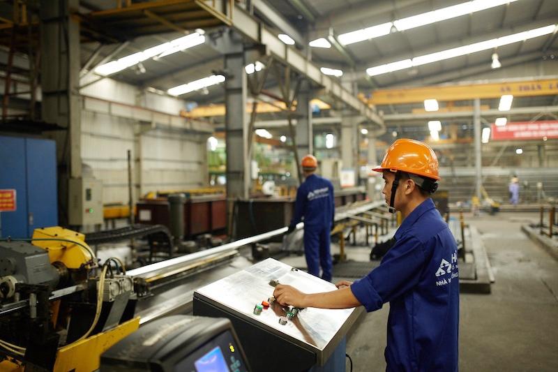 Cơ hội thúc đẩy chuỗi cung ứng toàn cầu cho Việt Nam hậu Covid-19