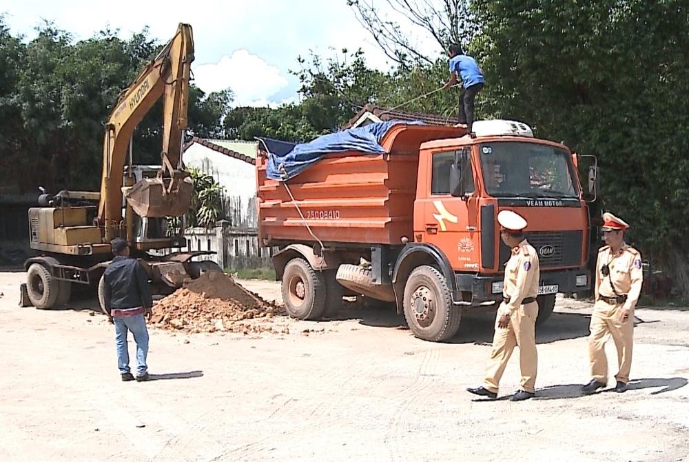 Thừa Thiên - Huế: Kiểm tra, xử lý nghiêm vi phạm về tải trọng phương tiện vận tải