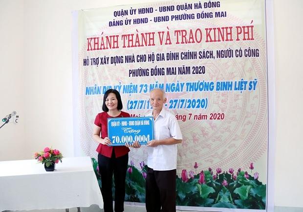 Hà Đông (Hà Nội): Trao kinh phí hỗ trợ xây nhà ở cho 4 hộ người có công, gia đình chính sách phường Đồng Mai