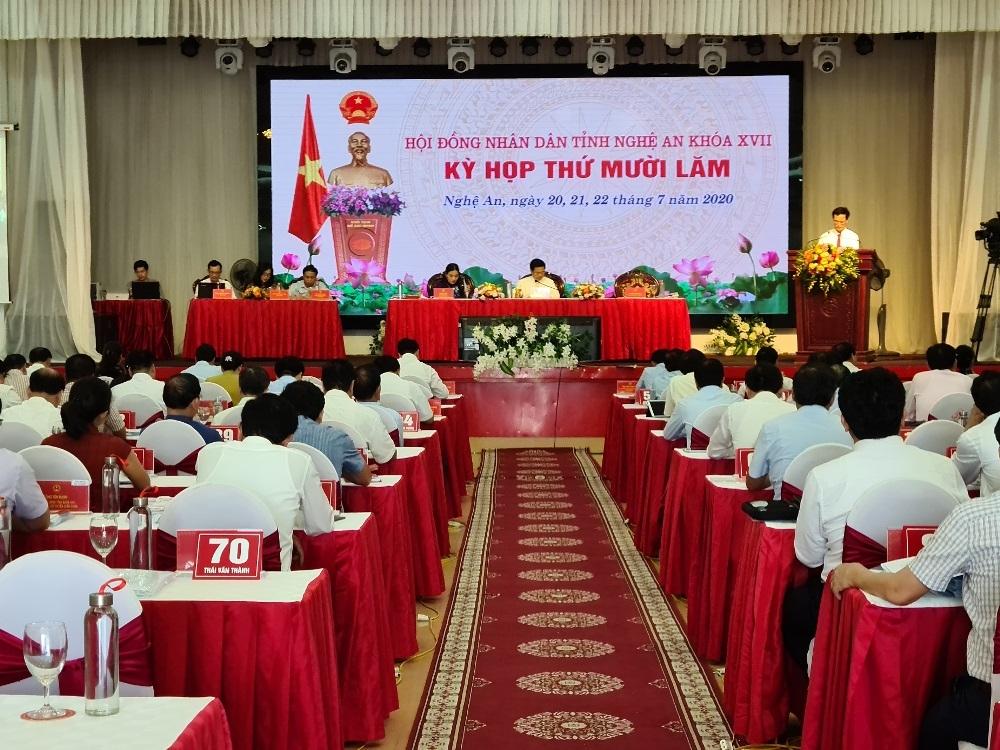 """""""Nóng"""" nghị trường phiên chất vấn ngành Xây dựng tại Kỳ họp thứ 15 HĐND tỉnh Nghệ An"""