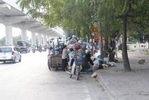 Nỗi khổ của người dân sống gần bãi rác Nam Sơn