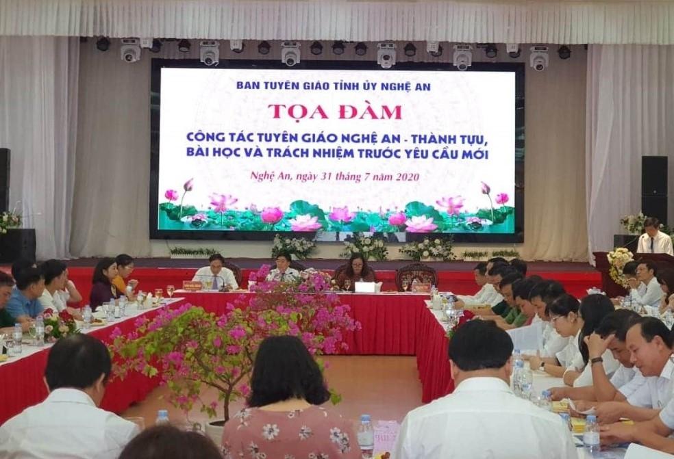 Nghệ An: Tọa đàm kỷ niệm 90 năm Ngày truyền thống ngành Tuyên giáo của Đảng
