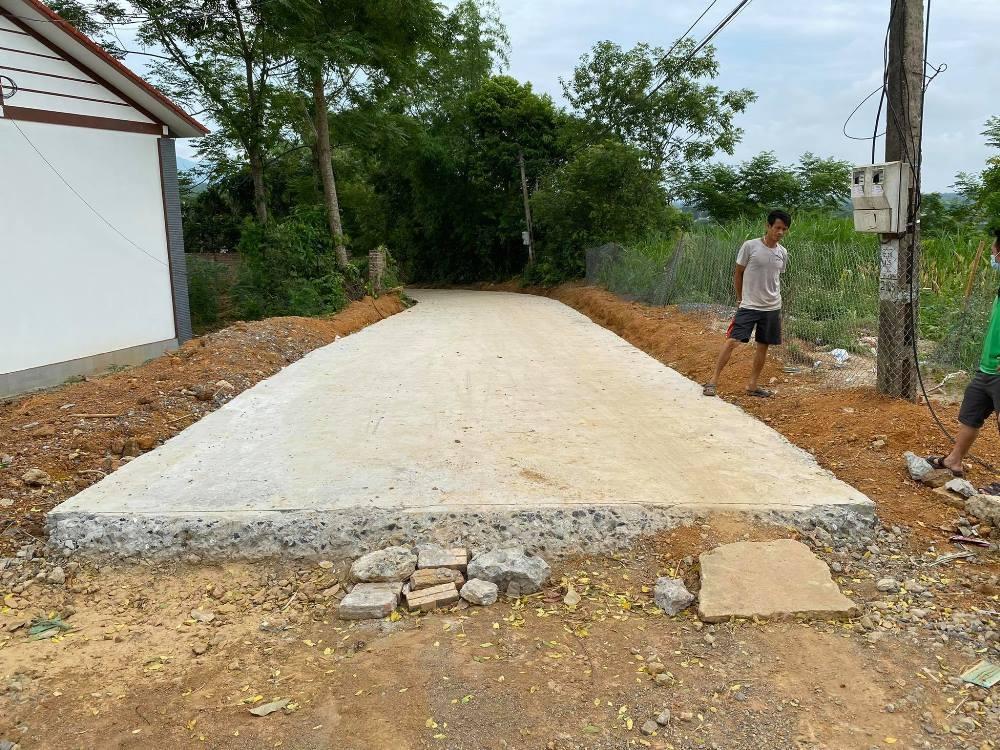 """Cẩm Khê (Phú Thọ): Dân tố nhà thầu """"rút ruột"""" Dự án cải tạo nâng cấp đường giao thông khu Đoàn Kết"""