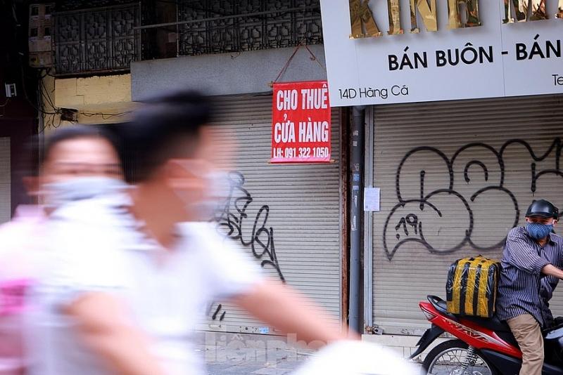 hang loat nha pho co ha noi treo bien cho thue sang nhuong van khong co khach