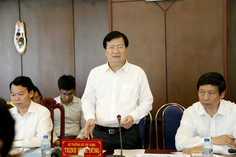 Bộ trưởng Trịnh Đình Dũng: Long An cần quan tâm hơn nữa đến quy hoạch, quản lý tốt đầu tư trong xây dựng
