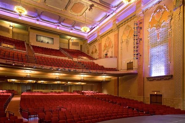 Chiêm ngưỡng 10 kiến trúc nhà hát tráng lệ nhất trên thế giới