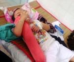 Cháu bé 7 tuổi bị khoan rách vùng kín