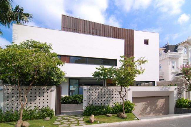 100543baoxaydung image001 - Ngôi nhà 3 tầng đẹp như khách sạn 5 sao giữa Sài Gòn