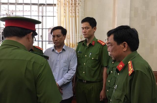 Bắt tạm giam nguyên Chủ tịch, Phó chủ tịch UBND TP Trà Vinh