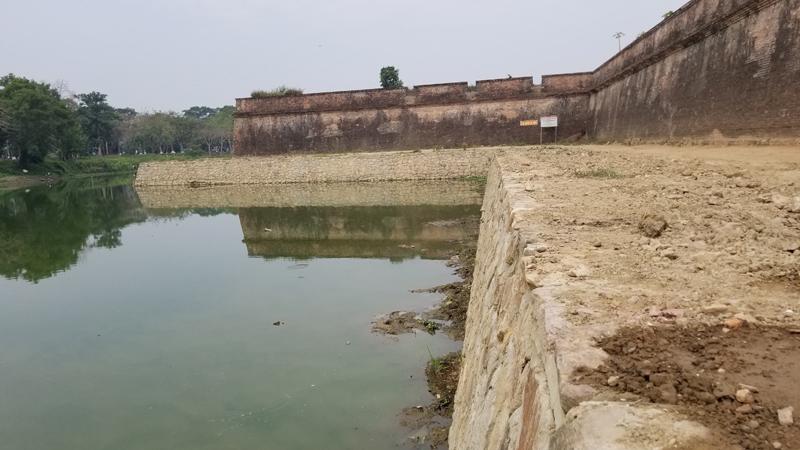 Thừa Thiên - Huế: Không để tái diễn sai sót trong tu bổ kè hộ Thành Hào