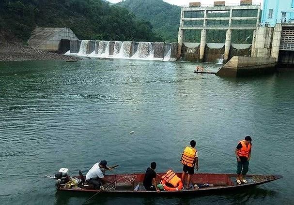 Nghệ An: Khởi tố 2 nhân viên nhà máy thủy điện xả nước gây chết người
